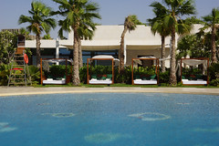 2018-06-FL-191174 (acme london) Tags: 2018 antoniocitterio bulgari dubai glassmosaic hotel hotelpool hotelresort meraas pool uae water