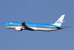 PH-BHF (JBoulin94) Tags: phbhf klm royal dutch airlines boeing 7879 dreamliner washington dulles international airport iad kiad usa virginia john boulin