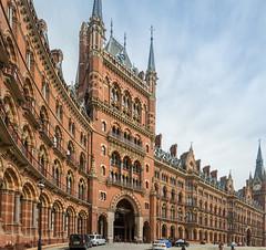 London St Pancras (stevefge) Tags: 2018 london stpancras station hotel icon street buildings architecture reflectyourworld brick