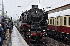 Trier Rhineland-Palatinate Germany 29th April 2018 (loose_grip_99) Tags: trier pfalz rhinelandpalatinate germany deutschland dampfspektakel dampf railway railroad rail station bahnhof db 01 pacific 462 1075 steam engine locomotive preservation transportation mainline gassteam train trains railways rain may 2018