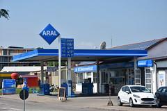Aral, Bad Krozinghan Germany. (EYBusman) Tags: aral petrol gas gasoline filling service station garage bad krozinghan germany bp british petroleum eybusman