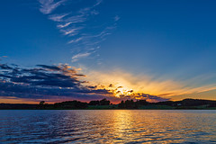 Vivid colors from the lake (NaturaRAW) Tags: 2018 canonef1635f4lisusm canoneos6d clouds ellenö ellenösjön färgelanda lake landscape nature sunset