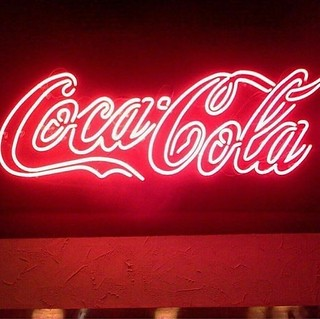 #cocalcola #cola #coke #soda #fizzy #neonart #neon #art #redneon #red #food #drink #redneonart #redlight #light #swellart #swell #awesomeart #awesome