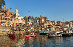 "Varanasi (toshu2011) Tags: varanasi benares banaras uttar pradesh ganga ganges river hinduism sacred city kashi india hindu ghat ghats banks ritual bathing bath life death water heritage light peace ""بنارس"" ""काशी"" ""बनारस"" ""वाराणसी"" ""ভারত"" baba guru sadhu sadhou mogul travel photography olympus em1mkii ""em1 mk2"" faith eternal"