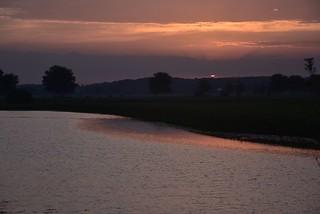 Sonnenaufgang an der Alten Treeneschleife in Süderhöft, Nordfriesland (1)