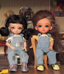 Jeans overalls and leather shoes for 15-17 cm tiny bjd dolls (Bayle.V.) Tags: bjd bjdtiny bjddoll bjdoutfit bjddress bjdshoes bjdoll bjdoveralls bjdjeans jeansoveralls pukifee lati latiyellow aquariusdoll