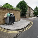 Overflowing bin - Dawlish Road N17 thumbnail