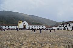 Plaza Mayor de Villa de Leyva (Tato Avila) Tags: colombia colores cálido cielos casas colonial plaza villadeleyva boyacá montañas arquitectura piso colombiamundomágico