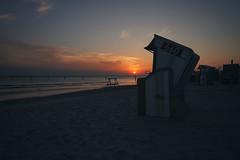 660 (christian mu) Tags: germany norderney meineinsel sunset sonnenuntergang strand meer beach sea ocean northsea nordsee weststrand 252 25mm batis252 batis zeiss sony sonya7riii sonya7rm3 beachchairs strandkörbe water sand christianmu