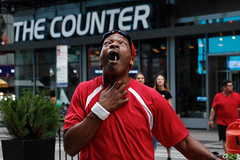 Cigarette Man. (Livia Lopez) Tags: cigarette man timessquare newyorkcity nyc manhattan performer street cigarillo hombre calle