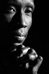 (Walter Daniel Fuhrmann) Tags: retrato portrait hombre man manos hands cara face mamadu