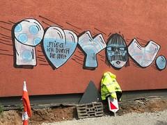 I LOVE YOU ...flieg ich durch die Welt... (rebecca2909) Tags: köln cologne germangraffiti graffiti graff vandal crew loveyou love iloveyou