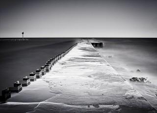 Winter Swells at Wilson Pier