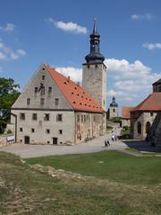 Burg Querfurt/Harz (Helmut44) Tags: deutschland germany mitteldeutschland sachsenanhalt harz querfurt burg burganlage wehranlage mauer bastion kornhaus stlamperti pariserturm museum architektur