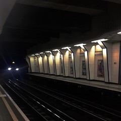 Monster in the Dark (Deydodoe) Tags: monster light eyes tunnel railway train publictransport publictransportation station commute commuting 2018 iphone britain greatbritain unitedkingdom england undergroundstation undergroundtrain blackfriars districtline tube thetube londonunderground london