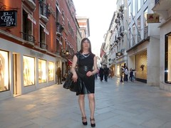 Venezia - Calle Larga XXII Marzo (Alessia Cross) Tags: crossdresser tgirl transgender transvestite travestito