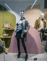 Visual Merchandising RMIT - Country Road Project 2018 (RMIT - School of Architecture and Urban Design) Tags: rmit diploma visual merchandising students collaborate with country road their annual industry project may 2018 university melbourne australia architecture urban design retails