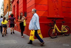 Street - Yellows (François Escriva) Tags: street streetphotography candid olympus omd paris france colors red yellow blue man woman girl bike bicycle bags sun light people fun funny building photo rue walking decisive moment