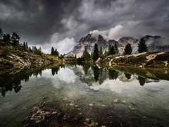 Lago di Limides, Dolomites (Vera Arnold) Tags: dolomites dolomiten italien italy lake lago di limides bergsee wolken clouds reflektion spiegelung berge mountains lagazuoi