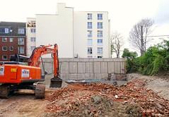 - (txmx 2) Tags: architecture building demolition ozm hamburg bagger debris city