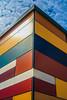 Über Eck (Art de Lux) Tags: zingst maxhüntenhaus ecke corner fassade facade himmel sky wolken clouds bunt colorful blau blue canon eos350d ef2880f3556ii