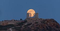 full moon rising at temple Poseidon (alexandros9) Tags: union temple attica greece full moon rising 29 may 2018