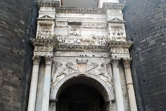 Triumphal Arch, Castel Nuovo (zawtowers) Tags: naples napoli campania italy italia may 2018 summer holiday vacation break warm dry sunny castel nuovo castle maschio angioino built 13th century historic site triumphal arch 1470 commemorates alfonso aragon entry 1443 between gate house