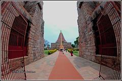 7919 - Ganga Konda Cholapuram (chandrasekaran a 50 lakhs views Thanks to all.) Tags: architecture culture tradition heritage india gangaikondacholapuram tamilnadu canon cholas rajaraja rajendrachola lordsiva unesco adalvallan temples nandi gopuram tower srivimana canoneos80d fisheye