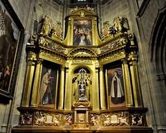 Astorga (León-España). Catedral. Capilla del Santísimo y la Majestad. Retablo (santi abella) Tags: astorga león castillayleón españa catedraldeastorga retablos