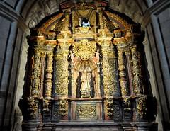 Astorga (León-España). Catedral. Capilla de San Lorenzo. Retablo churrigueresco (santi abella) Tags: astorga león castillayleón españa catedraldeastorga retablos