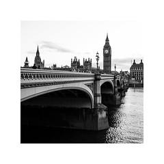 (schan-photography.com) Tags: bw blackandwhite monochrome palaceofwestminster canoneos5dmarkii canonef24105mmf4lisusm canon 24105mm f4 london bigben bridge water river