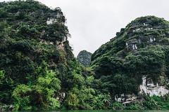 TAM_4901 (T.N Photo) Tags: nikon nikond750 d750 travel landscape river mountains boats skullisland trangan quangbinh northvietnam vn vietnam 2470mm lightroom sky cave travelphotoghapher