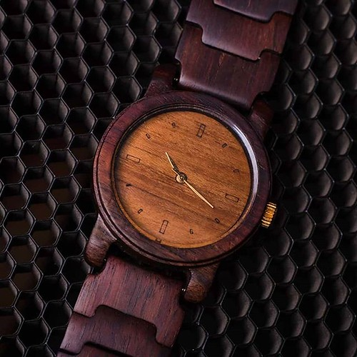 Jam tangan kayu seri June 04, 2018 at 08:00PM