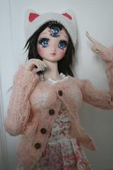 Pruzhina loves cats (shorleckin) Tags: dollfiedream ddh06 sadol cyclope doll nail art