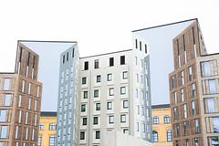eschertecture (Rasande Tyskar) Tags: berlin germany architecture buildings escheresque angles winkel stadtbild stadt city architektur gebäude building mural utopia wnadgemälde kunst art space public