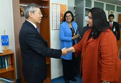 Dazhu Yang welcomes HE Shk. Rana I. Alkhalifa (08010551)