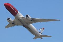 LN-LNK - LGW (B747GAL) Tags: norwegian boeing b7879 dreamliner lgw gatwick egkk lnlnk