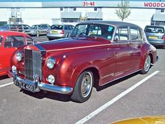 487 Rolls Royce Silver Cloud 1 (1956) (robertknight16) Tags: rollsroyce british 1950s cloud silvercloud silverstone vscc tlc400