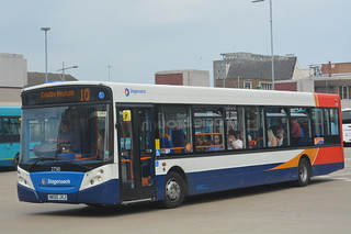 27510 NK06 JXJ Stagecoach North East