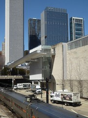 Chicago, Art Institute, Cityscape, Metra Train Corridor between the Old and the Newer Museum Buildings (Mary Warren 11.0+ Million Views) Tags: chicago artinstitute artinstituteofchicago metra train tracks trucks architecture building skyscraper cityscape landscape urban