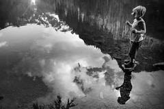 (sparth) Tags: montagne reflet reflection blackwhite blackandwhite bw noirblanc noiretblanc nb nikon nikoncoolpixa wa washington state washingtonstate