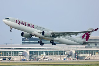 Qatar Airways A330-300 A7-AEG departing WAW/EPWA