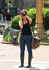 La toma (carlos_ar2000) Tags: fotografa photographer retrato portrait chica girl mujer woman bella beauty sexy calle street linda pretty gorgeous buenosaires argentina