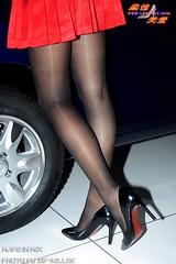 3_1u635p48gdhlg (cattyjojo) Tags: 曹婷婷 上海车展 北京车展 china ragazze sexy showgirl shanghai asian 车模 江淮车模 美腿 模特 model 性感 连拍女王 legs miniskirt 超短裙 丝袜 黑丝 pantyhose nylon sideslit