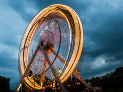 Wheel Of Fortune (drasphotography) Tags: ferris wheel long exposure langzeitbelichtung drasphotography wilhelmstrasenfest wiesbaden riesenrad nikon d810 nikkor2470mmf28 sky cielo