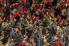 Distrazione / Distraction (Edinburgh, Scotland, United Kingdom) (AndreaPucci) Tags: royal edinburgh military tattoo scotland uk bagpipe tartan andreapucci army band castle