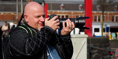 Photographer a work (Pico 69) Tags: mann fotograf kamera canon objektiv hobby männlich pico69 amsterdam