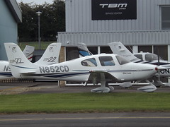 N852CD Cirrus SR22 Southern Aircraft Consultancy Inc Trustee (Aircaft @ Gloucestershire Airport By James) Tags: gloucestershire airport n852cd cirrus sr22 southern aircraft consultancy inc trustee egbj james lloyds