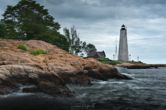 Guardian of the Tides (Simmie | Reagor - Simmulated.com) Tags: 2018 connecticut connecticutphotographer fivemilepointlight june landscape landscapephotography lighthousepointpark lighthouse nature naturephotography newengland newhaven outdoors park spring sunset unitedstates beach ctvisit digital wwwsimmulatedcom