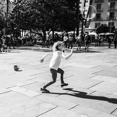 Pepe Reyes-180522-005 (Pepe Reyes (jorego)) Tags: 2018 alcazaba alcazabilla bn burbuja fotografíacallejera niña streetphoto